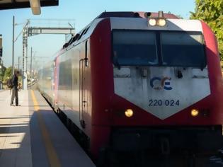 Φωτογραφία για Τρένο παρέσυρε πεζό στο Κορδελιό