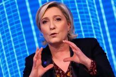 «Φέσι» 5 εκατ. ευρώ από τη Λεπέν στο Ευρωκοινοβούλιο