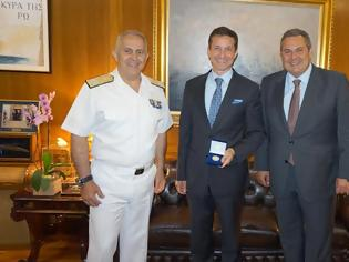 Φωτογραφία για Συνάντηση ΥΕΘΑ Πάνου Καμμένου με τον πρόεδρο του OLC Fabien Cousteau