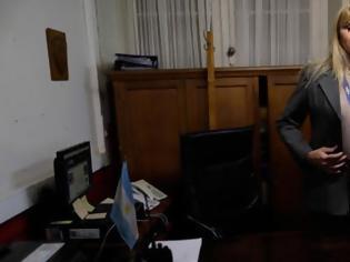 Φωτογραφία για Για πρώτη φορά διεμφυλική διευθύντρια αστυνομίας στην Αργεντινή