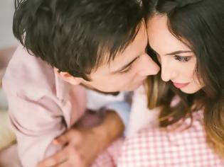 Φωτογραφία για Το πιο απλό πράγμα που δείχνει ότι δεν είσαι χαρούμενη με τη σχέση σου