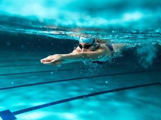Φωτογραφία για Γιατί η κολύμβηση είναι «Φάρμακο» για τον οργανισμό. Δέκα λόγοι για να αρχίσετε συστηματικά την κολύμβηση