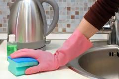 Κάθε πότε πρέπει να πλένουμε το νεροχύτη