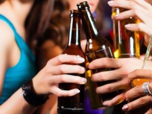 Φωτογραφία για Οι θερμίδες του αλκοόλ και οι επιπτώσεις στο σωματικό βάρος