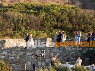 Φωτογραφία για Ο γάμος της κόρης του Καραβέλα της Siemens στην βίλα της Αντιπάρου