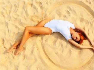 Φωτογραφία για Τέλειο κορμί στην παραλία με απλές κινήσεις!