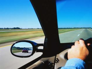 Φωτογραφία για Οι 42 πιο παράξενοι οδηγικοί νόμοι στον κόσμο