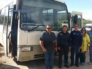 Φωτογραφία για Παραδόθηκε λεωφορείο από τον Δήμο Καστοριάς στην Πολεμική Αεροπορία