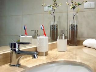 Φωτογραφία για Το βασικό λάθος που κάνουν πολλοί στο καθάρισμα του μπάνιου