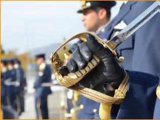 Φωτογραφία για Απόφοιτοι Σχολής Ικάρων: Μεγάλες περικοπές στις συντάξιμες αποδοχές των Στρατιωτικών-Στα 1.450 € η σύνταξη Α/ΓΕΕΘΑ