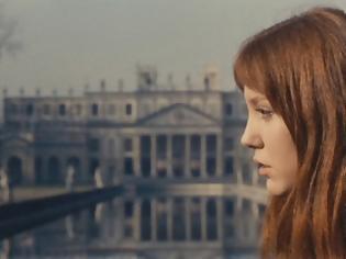 Φωτογραφία για H Αν Βιαζέμσκι ήταν το «νεαρό κορίτσι» που αγάπησε τον Ζαν-Λικ Γκοντάρ περισσότερο από το σινεμά