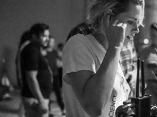 Φωτογραφία για Δείτε την Kristen Stewart για πρώτη φορά πίσω από τις κάμερες