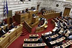 Βουλή: Ψηφίστηκε το νομοσχέδιο για το Κοινωνικό Μέρισμα