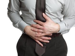 Φωτογραφία για 6 υγιεινές συνήθειες που προκαλούν ενόχληση στο στομάχι