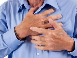 Φωτογραφία για Ποιες είναι οι αιτίες που ευθύνονται για το σφίξιμο στο στήθος εκτός από το έμφραγμα;