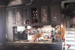Φθιώτιδα: Σπίτι παραδόθηκε στις φλόγες - Πρόλαβαν και βγήκαν τα παιδιά