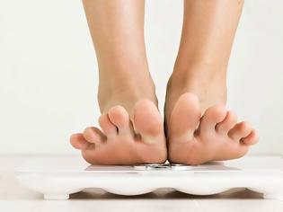 Φωτογραφία για Πόσο πρέπει να ζυγίζεις; Δείτε έναν ολοκαίνουριο τρόπο που ανατρέπει όλα όσα γνωρίζαμε μέχρι σήμερα!