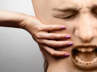 Φωτογραφία για Πόνος στη μέση & πόνος στο χέρι – Πότε δείχνουν καρκίνο