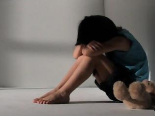 Φωτογραφία για Οργή και αποτροπιασμός! Πατέρας βίαζε την 7χρονη κορούλα του - Πάγωσαν οι γιατροί στο Παίδων με τα όσα αντίκρυσαν