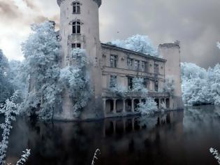 Φωτογραφία για Για 80 χρόνια κανείς δεν έχει μπει σε αυτό το Κάστρο - Μόλις δείτε το εσωτερικό του, θα ανατριχιάσετε [photos+video]