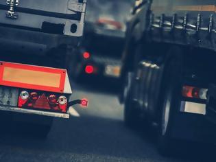 Φωτογραφία για Συναγερμός από την Ιντερπόλ: Έκλεψαν φορτηγό που μετέφερε 34.000 λίτρα εκρηκτικών