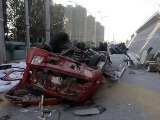 Φωτογραφία για Βραζιλία: Μεγάλο τμήμα αυτοκινητοδρόμου κατέρρευσε στην Μπραζίλια
