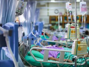 Φωτογραφία για ΠΟΕΔΗΝ: Η έλλειψη κλινών ΜΕΘ κοστίζει σε ανθρώπινες ζωές