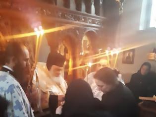 Φωτογραφία για Μοναχική κουρά στην Ιερά Μονή Αγίου Ιλαρίωνος Προμάχων (Αριδαίας)