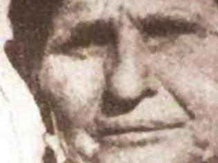 Φωτογραφία για Γιαννούλα Κουλουρού: Πώς η ταπείνωση μιας Πατρινιάς που ήθελε να παντρευτεί, έγινε αποκριάτικο έθιμο... [photos+video]