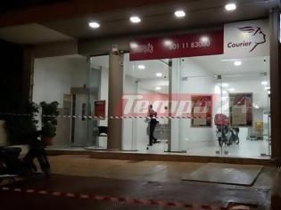 Φωτογραφία για Ληστεία στα κούριερ του ΕΛΤΑ στην Πάτρα - Ο δράστης πήρε 2.000 ευρώ (φωτό & βίντεο)