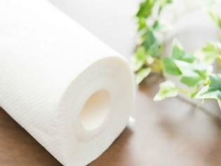 Φωτογραφία για Αυτά είναι 4 πράγματα μέσα στο σπίτι που δεν πρέπει ποτέ να καθαρίσετε με χαρτί κουζίνας!