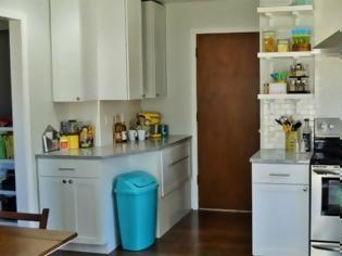 Φωτογραφία για 5 λόγοι για να μην έχετε τον κάδο σκουπιδιών μέσα στο ντουλάπι της κουζίνας