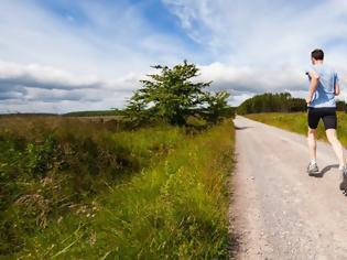 Φωτογραφία για Πώς το τρέξιμο σε βοηθάει να αντιμετωπίσεις το χρόνιο άγχος