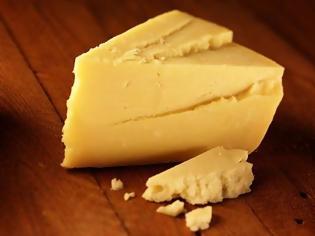 Φωτογραφία για Αγοράζετε συχνά τυρί; Καλά, δείτε αυτή την εικόνα και τα λέμε...