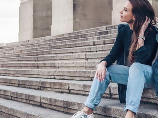 Φωτογραφία για Το στιλάτο τζιν που έγινε sold out είναι και πάλι διαθέσιμο με λίστα αναμονής 3.000 γυναικών