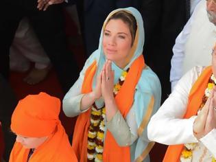 Φωτογραφία για Ο Τριντό κάνει επίσκεψη στην Ινδία ντυμένος σταρ του... Μπόλιγουντ!