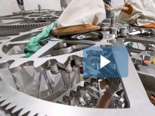 Φωτογραφία για O Τζεφ Μπέζος κατασκευάζει το ρολόι των 10.000 ετών και... των 42 εκατ. δολ [video]