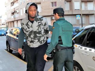 Φωτογραφία για Σοκαρισμένη η Ισπανία - Στη φυλακή ο Πορτογάλος αμυντικός της Βιγιαρεάλ Ρούμπεν Σεμέδο
