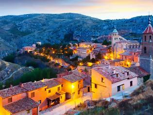 Φωτογραφία για Το πιο παραμυθένιο χωριό της Ισπανίας μόλις 2 ώρες από τη Βαλένθια