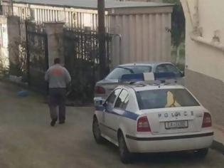 Φωτογραφία για Πάτρα: 61χρονος έκλεισε το 4χρονο παιδί του στο δωμάτιο και αυτοκτόνησε