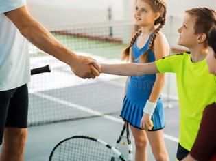 Φωτογραφία για 5 κανόνες ευγένειας που όλοι οι γονείς ξεχνάμε να διδάξουμε στα παιδιά μας