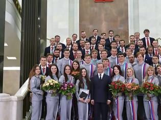 Φωτογραφία για Η Ρωσία βράβευσε του Ολυμπιονίκες με... BMW!