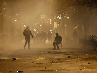 Φωτογραφία για Στην αντεπίθεση οι Ειδικοί Φρουροί κατά Τόσκα για τα επεισόδια