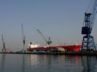 Φωτογραφία για «Πάγωμα» της διαιτητικής απόφασης για τα ναυπηγεία Σκαραμαγκά