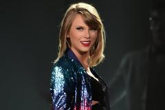 Η αόρατη Taylor Swift