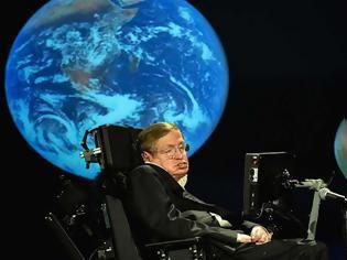 Φωτογραφία για «Έφυγε» ο μεγάλος αστροφυσικός Στίβεν Χόκινγκ σε ηλικία 76 ετών [Εικόνες-Βίντεο]
