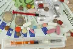 Μπαργώτας: Με εισοδηματικά κριτήρια η συμμετοχή στα φάρμακα & αύξηση στα οικονομικά του ΕΟΠΥΥ