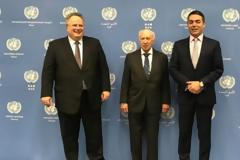 Νέα δημοσκόπηση - Δυσαρεστημένοι 6 στους 10 πολίτες από την κυβέρνηση στις διαπραγματεύσεις με τα Σκόπια