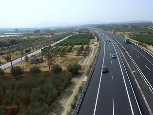 Φωτογραφία για ΕΕ: Επιπλέον κόστος 1,2 δισ. για τρεις αυτοκινητόδρομους στην Ελλάδα