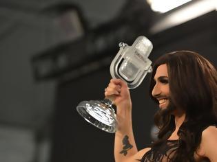 Φωτογραφία για Η Κοντσίτα ανακοίνωσε ότι είναι φορέας του AIDS